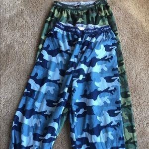 📌2 Boys size 7/8 Calvin Klein lounge pants